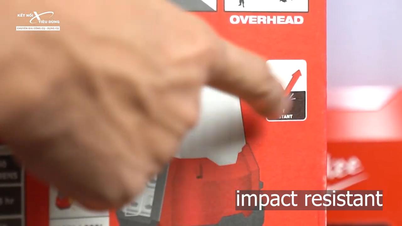 Chế độ impact resistant chống rơi cho phép anh em yên tâm sử dụng đèn khi thao tác, sửa chữa trên địa hình cao