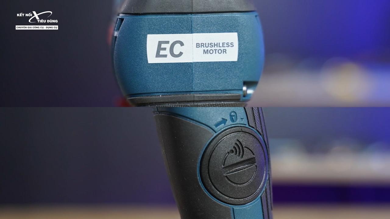 Chức năng kết nối Bluetooth giúp cung cấp thông tin phản hồi về công cụ và dịch vụ qua thiết bị di động