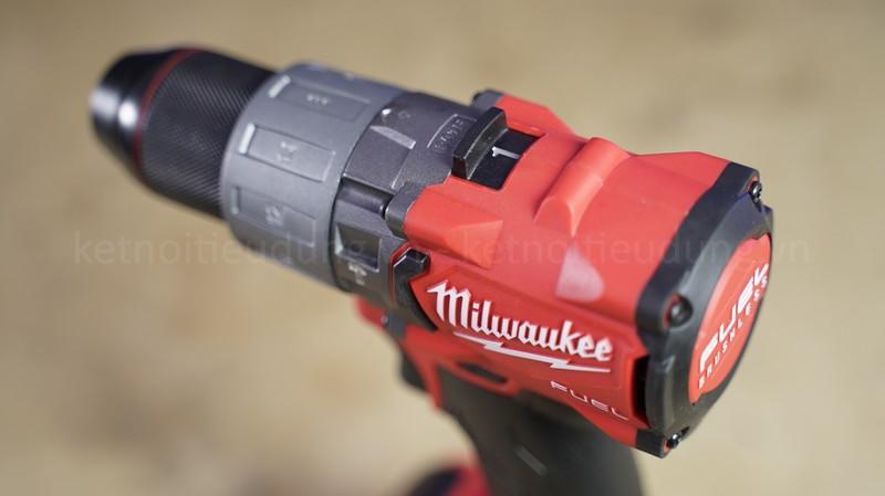 Máy khoan cầm tay Milwaukee M18 FPD2 trang bị động cơ không chổi than