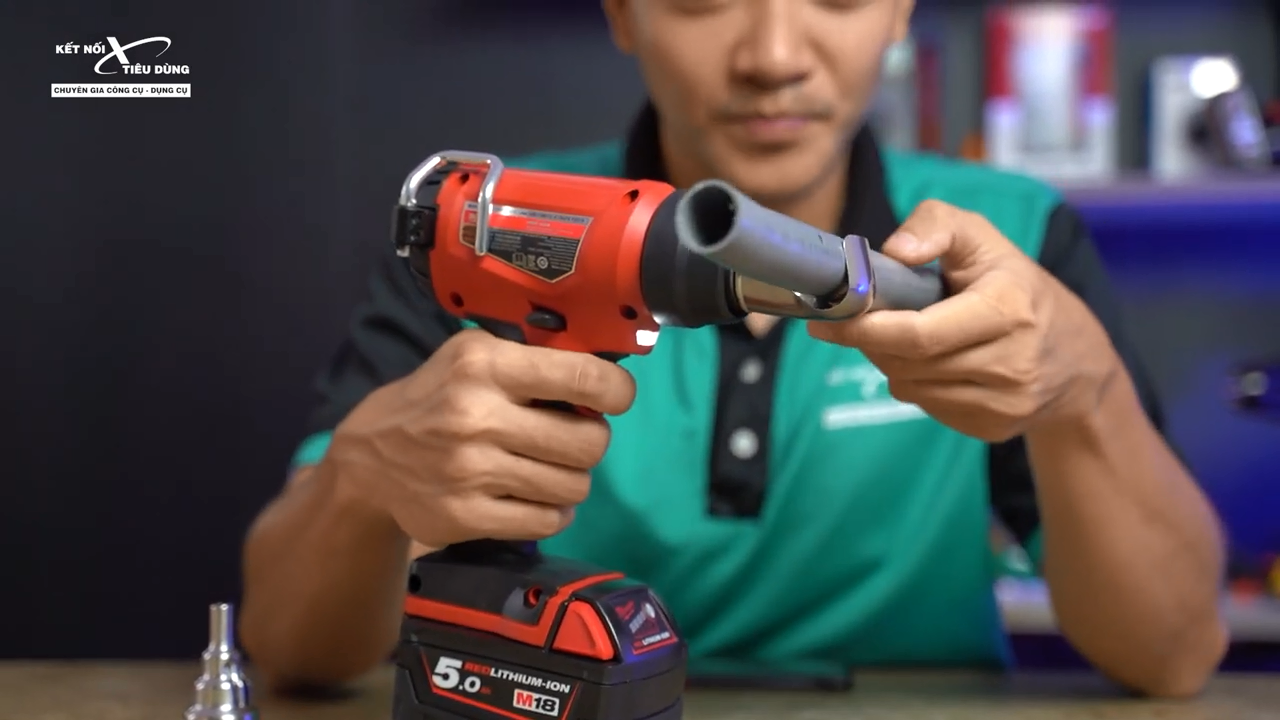 Vòi phun móc giúp lan tỏa nhiệt độ xung quanh vật liệu mang lại hiệu quả làm việc tốt hơn