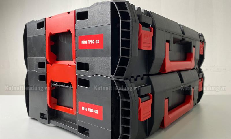 Vali nhựa đựng máy khoan và phụ kiện có thể ghép chồng lên nhau thuận tiện cho quá trình di chuyển và cất giữ