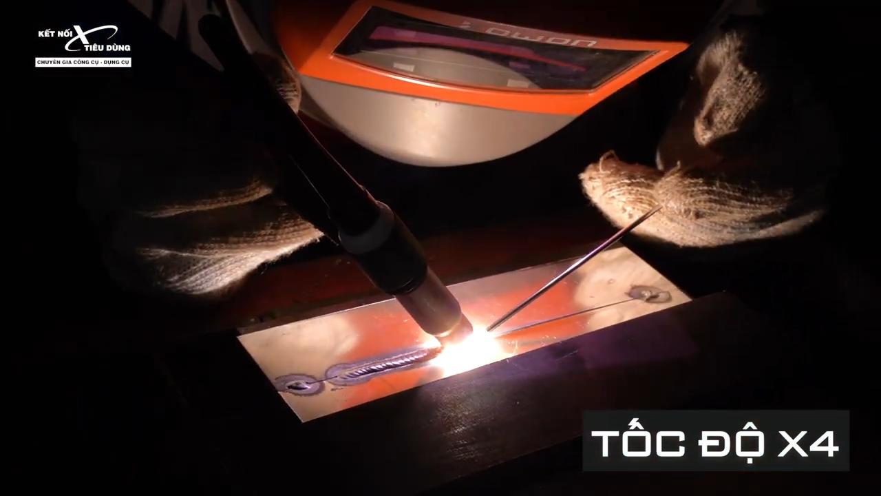 Máy hàn xung đa năng Jasic TIG 200P ACDC E20101 - máy được trang bị nhiều chức năng nhưng vẫn đảm bảo được công suất mạnh mẽ với mức hiệu suất ấn tượng 85%