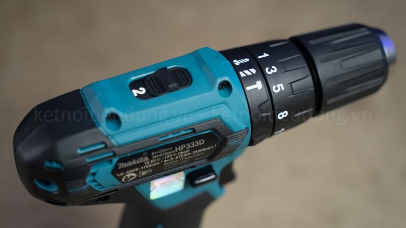 Makita HP333DSYE sử dụng pin 12V/1.5Ah, hoạt động bền bỉ trong thời gian dài