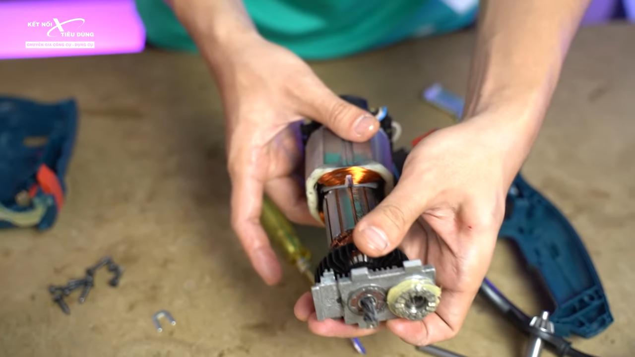 Cách mở máy khoan Bosch GSB 16RE thay chổi than, rotor, stator, cò điều tốc - thay rotor, stator cho máy khoan Bosch GSB 16RE