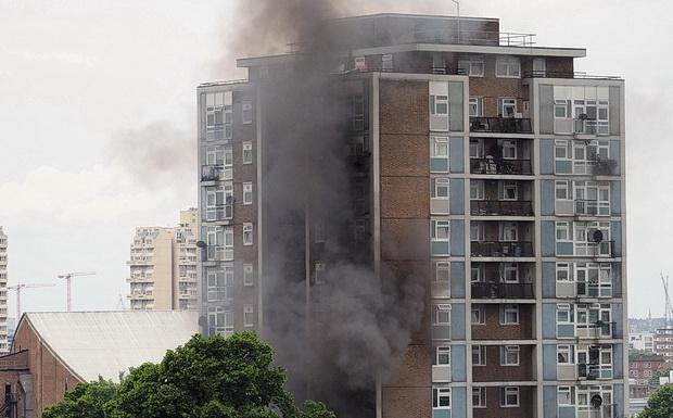 Hỏa hoạn xảy ra ở các khu chung cư