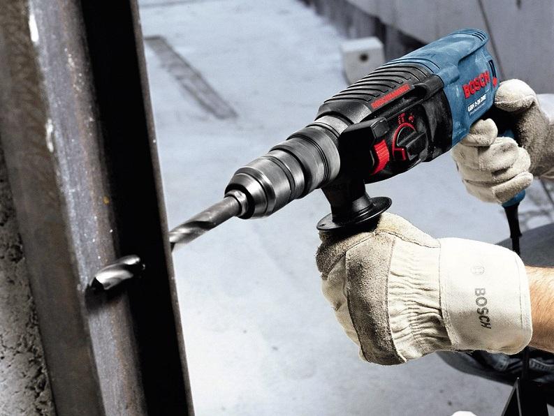 Tiện lợi và bền bỉ là hai đặc tính nổi bật của máy khoan cầm tay Bosch