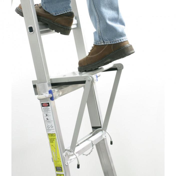 Giá đỡ bậc thang giúp đứng trên bậc thoải mái hơn
