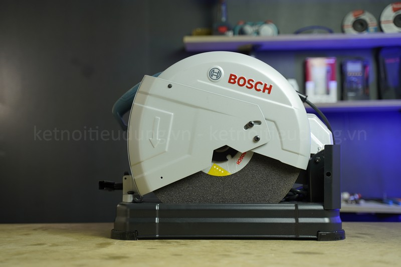 Review máy cắt sắt Bosch GCO 220: Nội thất đỉnh, công suất 2200W, giá tốt