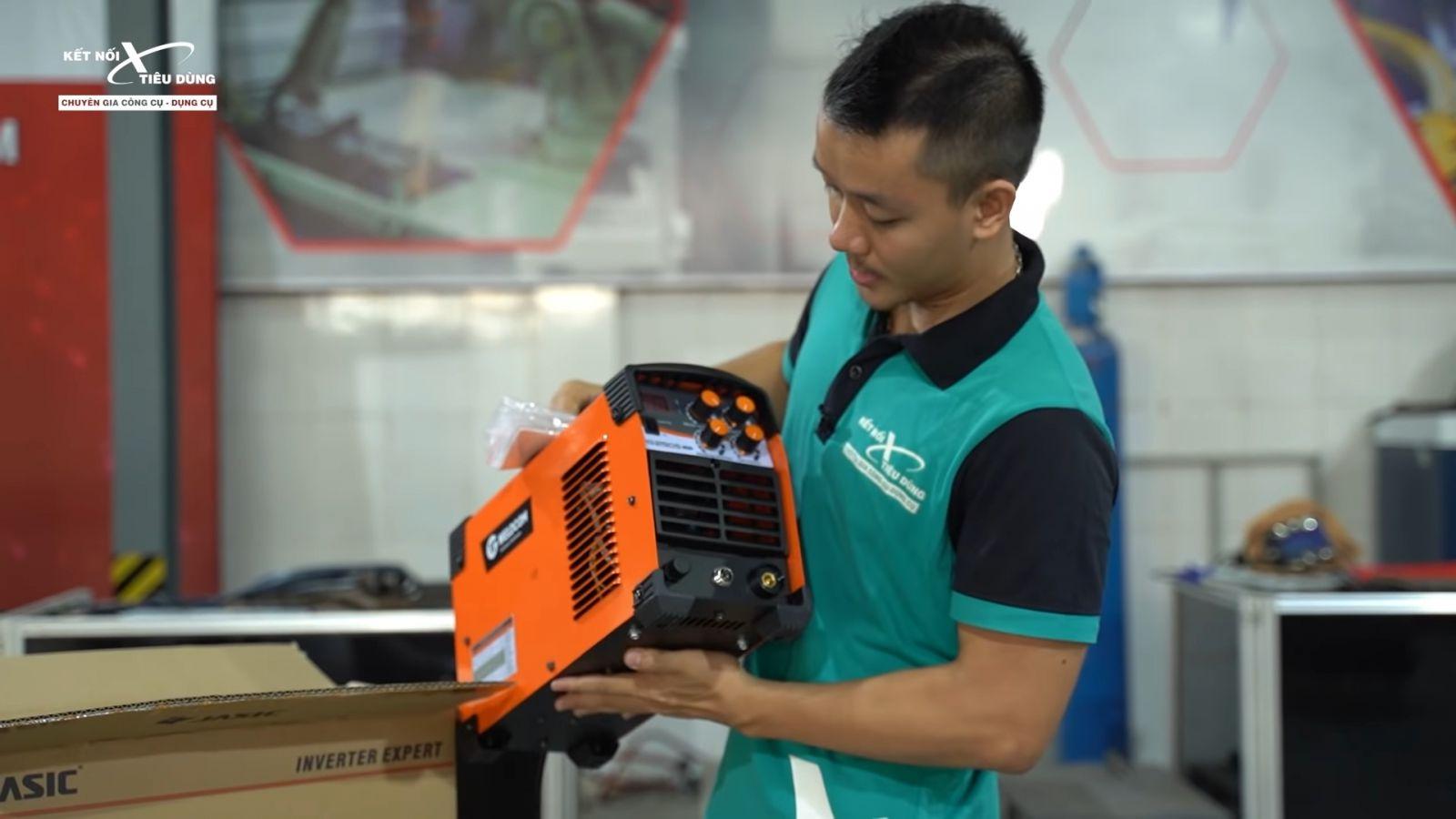 Review máy hàn Jasic TIG250S W228: nhỏ gọn, cao cấp, hàn Tig lạnh còn đẹp hơn hàn Tig thường - thương hiệu sản xuất máy hàn