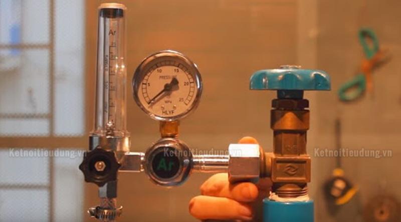 Tìm hiểu cấu tạo máy hàn que, cách đọc thông số kỹ thuật máy hàn - cấu tạo cơ bản của máy hàn que