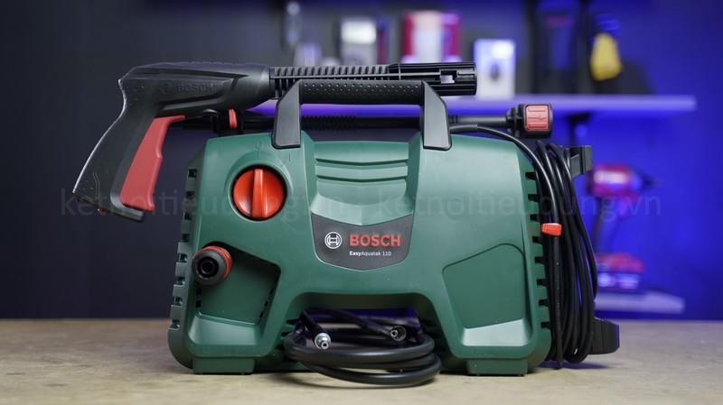Top 5 máy rửa xe Bosch giá rẻ, đáng mua nhất năm 2021 - máy phun xịt rửa áp lực cao Bosch Easy Aquatak 110 chính hãng